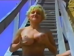 Hot Mature, Big Tits Hold one's ground