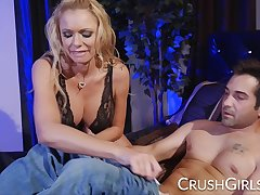 Big tit Briana Banks gets not know when to stop fucking