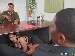 Big ass wife, interracial mating with hubby's business right-hand man