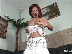 Dirty mature exclusively wants it in the ass