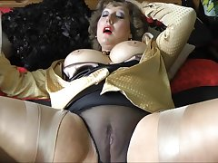 My horny aunt just about stockings makes this panhandler cum!