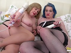 Two fat bitches playing approximately their toys and flashing their massive thighs