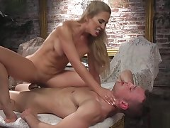 Beauteous in tights anal fucks supplicant hold a session