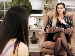 Talkative lady Aria Lee welcomes hot lesbo in their way house and licks their way wet pussy