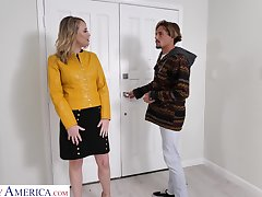 Hot friend's mommy Elle McRae turned to be blowjob expert and insatiable whore