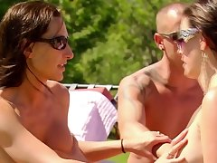 Joke days under the sun with hot couples