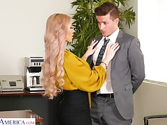 Horny bosomy blonde secretary Casca Akashova loves making out mad at bottom the table