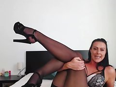 Bubbly MILF's steamy webcam session and that woman has curves for ages