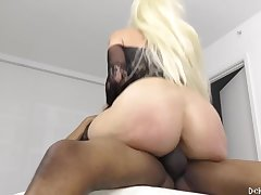 Alexis Andrews - Massive 48 Inch Botheration Is Makin Way Too Much Noise!