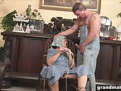 Disgusting broad in the beam granny gives a blowjob and rimjob to one deviant pauper