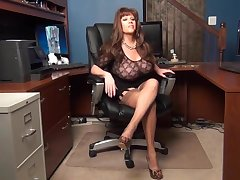 Mature secretary try to seduce boss
