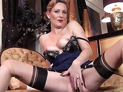 Mature slut Mrs Huntingdon Smythe fingers her wet pussy convivial